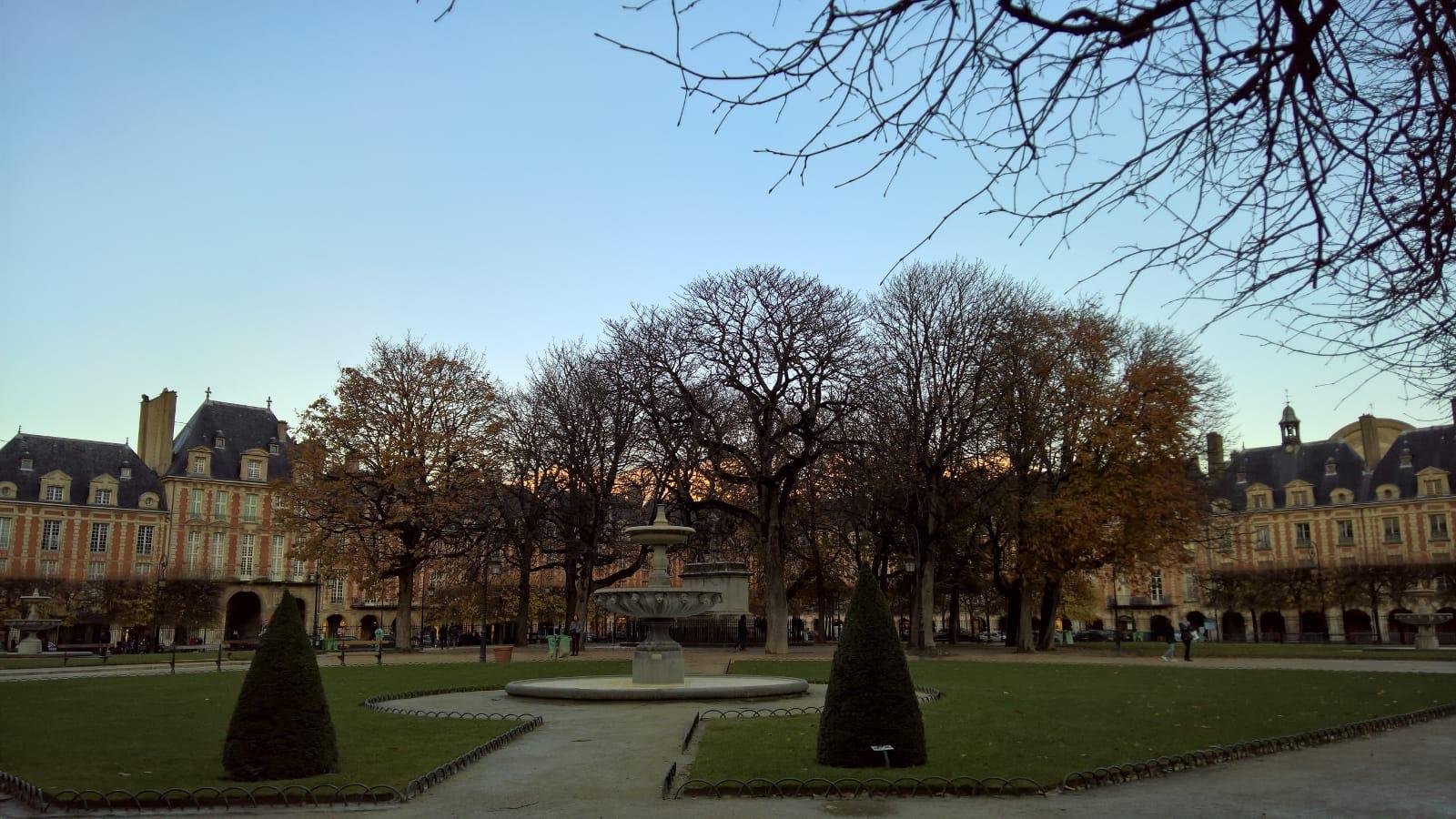 Due Giorni A Parigi: Da Notre Dame Alla Casa Di Victor