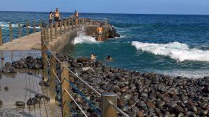 Canico de Baixo spiaggia