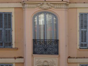 Nizza finestra liberty