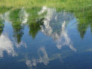 riflesso Cervino nell acqua